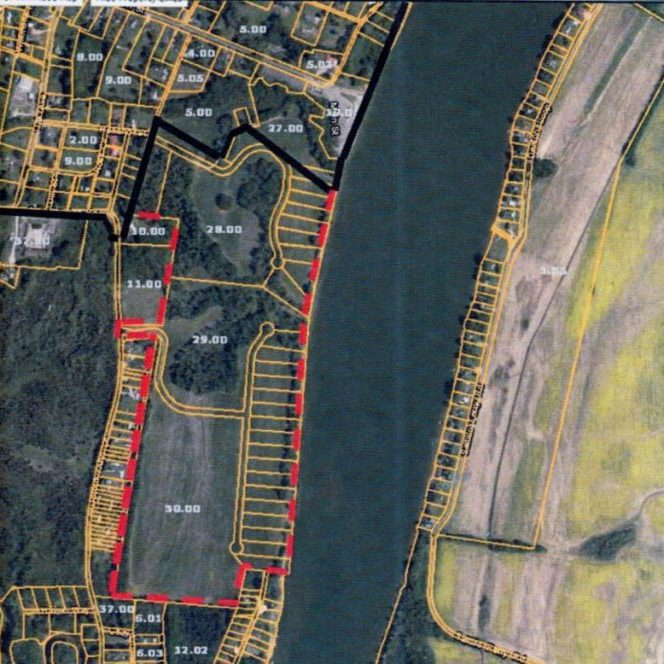 Black line indicates the existing Saltillo corporate boundary. The red line denotes the proposed annexation area to be zone River Residential-1.