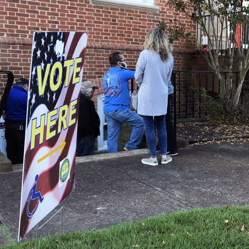 early voting line square